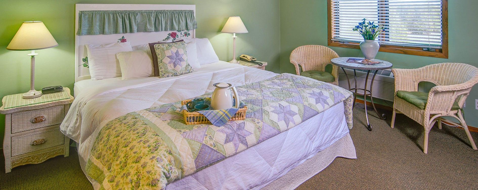 Open Hearth Lodge Evergreen Suite